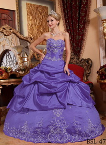Purple Ball Gown Sweetheart Floor-length Taffeta Embroidery with Beading Quinceanera Dress