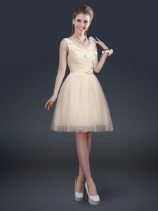 Lovely Scoop Bridesmaid Dress With Appliques And Belt