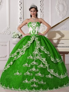Spring Green and White Ball Gown Strapless Floor-length Organza Appliques Quinceanera Dress