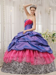 Exclusive Ball Gown Strapless Floor-length Beading Quinceanera Dress