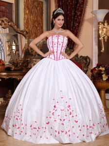 White Ball Gown Strapless Floor-length Taffeta Beading and Embroidery Quinceanera Dress