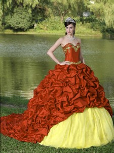 Appliques And Pick-ups Red Brush Train Exquisite Style Quinceanera Dress