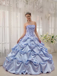 Lilac Ball Gown Strapless Floor-length Taffeta Appliques Quinceanera Dress