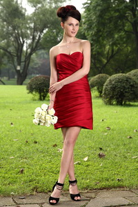 Red Column Sweetheart Mini-length Taffeta Ruch Dama Dress For Quinceanera