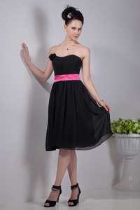Black Empire Strapless Knee-length Chiffon Sashes Dama Dress For Quinceanera