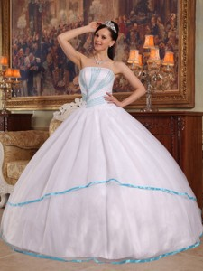 White Ball Gown Strapless Floor-length Organza Beading Quinceanera Dress