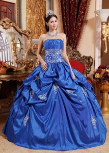 Blue Ball Gown Strapless Floor-length Taffeta Appliques Quinceanera Dress