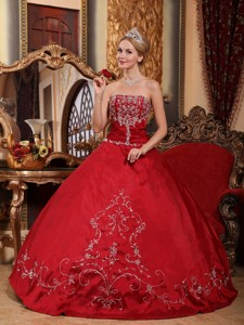 Wine Red Ball Gown Strapless Floor-length Satin Embroidery Quinceanera Dress
