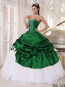 Green and White Ball Gown Sweetheart Appliques Quinceanera Dress