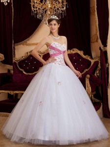 White Princess Sweetheart Floor-length Appliques Tulle Quinceanera Dress