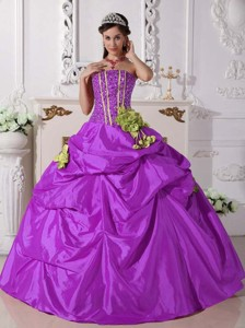 Ball Gown Strapless Floor-length Taffeta Beading Quinceanera Dress