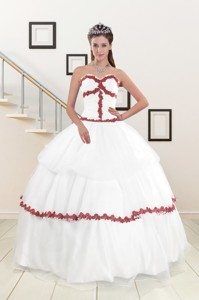 Sweetheart Ball Gown Quinceanera Dress With Appliques