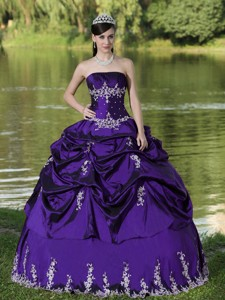 Custom Made Purple Quinceanera Dress Party Wear With Satin Embroidery Decorate