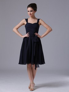 Navy Blue Straps Chiffon Knee-length Quinceanera Dama Dress Ruched
