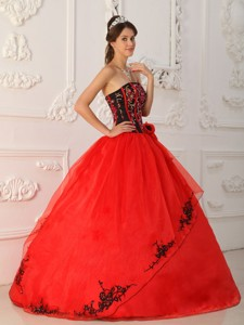 Red Ball Gown Strapless Floor-length Satin and Organza Quinceanera Dress