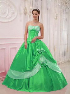 Elegant Ball Gown Sweetheart Floor-length Satin Appliques with Beading Quinceanera Dress