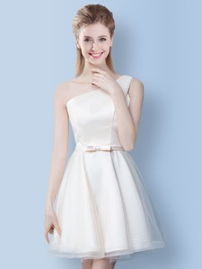 Sweet One Shoulder Bowknot Tulle Dama Dress In Off White