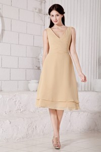Champagne Pricess V-neck Dama Dress Tea-length Chiffon Ruch