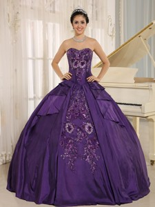 Purple Embroidery Quinceanera Dress With Sweetheart In