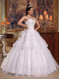 White Ball Gown Sweetheart Floor-length Organza Appliques Quinceanera Dress