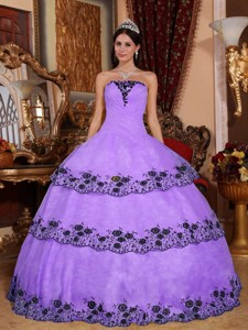 Lavender Ball Gown Strapless Floor-length Organza Lace Appliques Quinceanera Dress