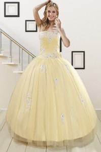 Luxurious Light Yellow Sweet 16 Dress With White Appliques