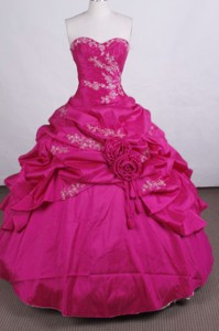 Discount Ball Gown Sweetheart Floor-length Quinceanera Dress Appliques With Beading