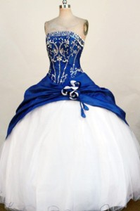 Fashionable Ball Gown Strapless Floor-length Blue Beading And Appliques Quinceanera Dress
