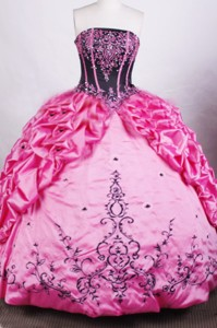 Gorgeous Ball Gown Strapless Floor-length Rose Pink Quinceanera Dress