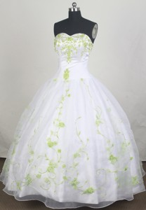 Modest Ball Gown Strapless Sweetheart Floor-length Quinceanera Dress