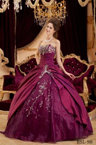 Burgundy Ball Gown Sweetheart Floor-length Taffeta and Tulle Appliques Quinceanera Dress
