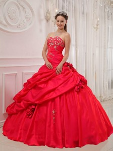 Red Ball Gown Sweetheart Floor-length Taffeta Appliques Quinceanera Dress