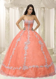 Orange Sweetheart Appliques And Beaded Decorate Quinceanera Dress
