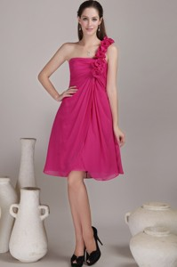 Hot Pink Empire One Shoulder Knee-length Chiffon Hand Flowers Bridesmaid Dress