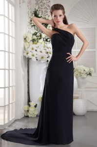 Black Column One Shoulder Brush Train Chiffon Ruch Prom / Graduation Dress