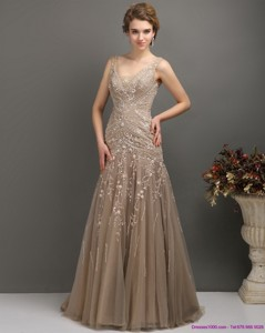 Feminine Empire Mother Of The Bride Dress With Brush Train And Appliques