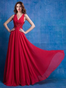 Sexy Deep V Neckline Red Chiffon Prom Dress with Appliques