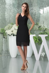 Knee-length Black V-neck Chiffon Mothers Dress For Weddings