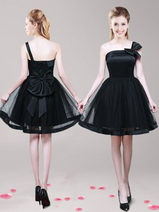 Luxurious One Shoulder Short Black Prom Dress with Bowknot